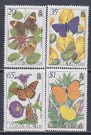 Turks Et Caiques N° 571 / 74 XX Faune Et Flore, Papillons Et Fleurs La Série Des 4 Valeurs Sans Charnière, TB - Turks- En Caicoseilanden