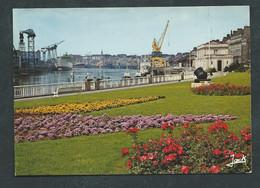 Cpsm Gf - Nantes - Le Port De Commerce Et Les Chantiers  ,maca 33100 - Nantes