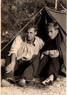 Photo Originale Homme - Portrait Du Couple Hermann & Hans Au Camping à Limone Sur Le Lac De Garde été 1952 - Personnes Identifiées