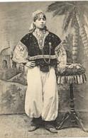 Femme Arabe Riche RV - Women