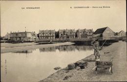 CPA Courseulles Sur Mer Calvados, Parcs Aux Huitres, Femme Avec Râteau - Other Municipalities