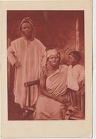 Cameroun : Famille  Chrétienne  De  Foumban - Cameroon