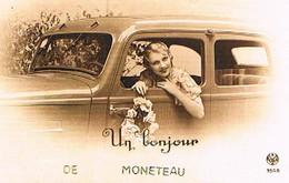 89   UN   BONJOUR   DE  MONETEAU  CPM  TBE   1169 - Moneteau