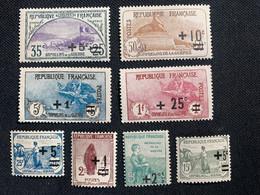 Lot 8 Timbres Série Orphelins De Guerre 1922 162/69a 2e Orphelins 1er Tirage Dont ** 5f Gomme Bâtonnée TF TB - Kriegsausgaben