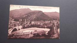 NYONS - Le Quartier Des Roches Et La Montagne De Vaux - Nyons