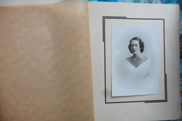 Photo Ancienne Indochine Cochinchine Portrait De Femme Signé Nadal Saigon 1920-1930 - Anciennes (Av. 1900)
