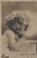 Vraie Photo : Petite Fille Aux Boucles Blondes Dans La Fourrure - Abbildungen