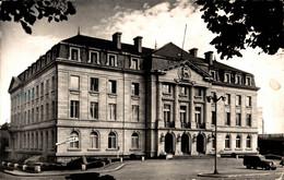 N°16342 Z -cpsm Gueret -l'hôtel De Ville- - Guéret
