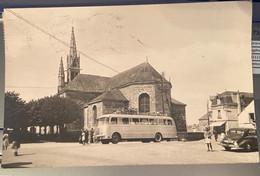Rare. Riec-Sur-Belon. Autocar Devant L'église. Voyage Année 50 - Otros Municipios
