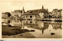 CPA -TROUVILLE - LA POISSONNERIE  (ETAT PARAIT) - Trouville
