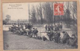 Manoeuvres D'infanterie En Tirailleurs Marche En Avant Par Peloton - Manoeuvres