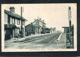 CPA - AUDRUICQ - La Gare - Les Quais, Les Voies - Audruicq