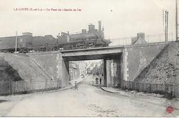 A/458         28          La Loupe        Le Pont De Chemin De Fer - Passage D'un Train - La Loupe