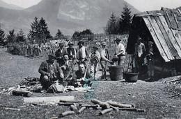N.Tatry - Salaš , Bača , Bryndza , žinčica - Shepherds Prepare Cheese, Les Bergers Préparent Le Fromage - Slovakia