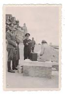 Knokke   FOTO  Van Duitse Soldaten Op De Dijk  TWEEDE WERELDOORLOG - Knokke