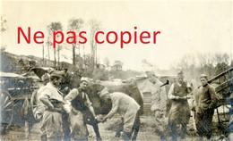 PETITE PHOTO FRANCAISE - LA FORGE DU 2e ART. A BLANZY LES FISMES PRES DE BAZOCHES SUR VESLES AISNE  GUERRE 1914 1918 - 1914-18