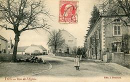 IZEL - Rue De L'Eglise - Chiny