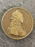 LOUIS XV DIT LE BIEN AIMÉ Médaille Bronze 1722 Mariage Mademoiselle De Montpensier Et Le Prince Des Asturies 41 Mm 34,3G - Royal / Of Nobility