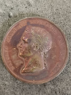 Médaille Bronze NAPOLEON 1805 Couronnement à Milan ITALIE 42 Mm 40,6 G - Royal / Of Nobility