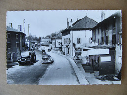 1958 Cpsm Pontanevaux ( La Chapelle De Guinchay ) Route De Mâcon Animée   Saône Et Loire 71 - Other Municipalities