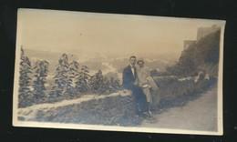 Uzès  Couple Sur Le Bord De Route Le 11 Octobre 1929 Avec Nom - Lugares