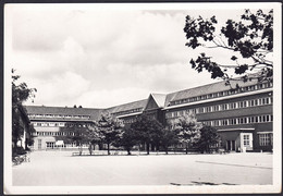 +++ CPA - COMINES - Collège St Henri - Cour Intérieure  // - Comines-Warneton - Komen-Waasten