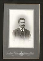 Fotografia Homem. PHOTOGRAPHO Avelino Barros POVOA De VARZIM. Old CDV Photo (PORTO) PORTUGAL - Ancianas (antes De 1900)
