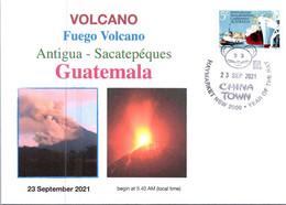 (3 A 25) Guatemala - Fuego Volcano Eruption Near Antigua (with Australian Stamp) - Vulkane