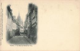 56 - MORBIHAN - VANNES - La Rue De L'hôtel De Ville - CPA - Vannes