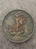 Médaille 29 SEPTEMBRE 1820 DIEU NOUS L'A DONNE Par GAYRARD / 38 Mm 29,8 G - Royal / Of Nobility