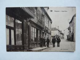 CPA 19 CORREZE - MEYMAC : Grand'Rue - Scène Animée (facteurs, Douaniers Ou Gendarmes ?) - Otros Municipios