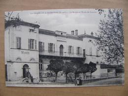 Cpa LA CHAPELLE DE GUINCHAY La Mairie Et L ' école Des Garçons   71 Saône Et Loire - Other Municipalities