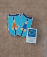 2004 Athens Olympic Games, Gloves With Mascots Pin - Jeux Olympiques