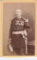 Photo CDV Douai 1880 Portrait Militaire Général D'empire Infanterie Nombreuses Médailles  Photo  Carette Douai Réf 10231 - War, Military
