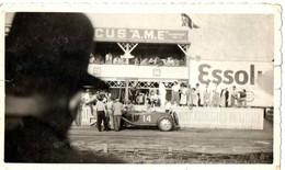 VOITURE DE COURSE SUR CIRCUIT . JUIN 1934 - Cars