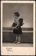 A2328 - Glückwunschkarte Schulanfang Schulgang - Kleines Mädchen Schiefertafel Ranzen - Primero Día De Escuela