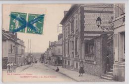 CLERMONT (Oise) - La Rue D'Amiens - Clermont