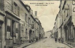 ROZOY En BRIE  Rue De Paris L'Hotel Du Sauvage Animée Commerces RV - Otros Municipios