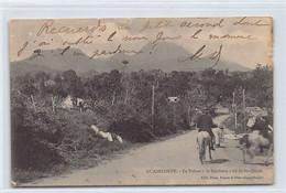 GUADELOUPE - Le Volcan La Soufrière Vu De Saint-Claude - VOIR LES SCANS POUR L'ÉTAT - Ed. Phos - Zonder Classificatie