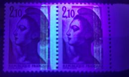 N° 2319 G COTE 50 € Type Liberté Variété 2 Bandes De Phosphore Tenant à 1 Bande à Droite. Neuf Sans Charnière ** MNH. TB - Varieties: 1980-89 Mint/hinged