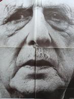 DE GAULLE - LE MONUMENT - AFFICHE PARIS MATCH 78 × 59 Cm - Manifesti