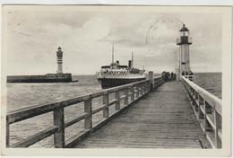 Nord : DUNKERQUE  :  Phare Et  Bateau , Le  Chenal - Dunkerque