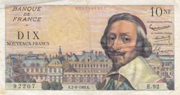 Billet 10 F Richelieu Du 2-6-1960 FAY 57.08 Alph. E.92 - 10 NF 1959-1963 ''Richelieu''