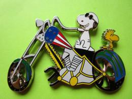 Gros Pin's BD Snoopy Woodstock Moto Chopper - #382 - Comics