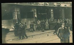 Orig. AK 1919 Schaulustige Vor Geplündertem, Verwüsteten Warenhaus Nussbaum Große Ulrichstraße Halle Saale - Halle (Saale)