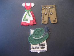 Österreich- Stickerei-Marken - Dirndlkleid, Lederhose Mit Echten Swarovskikristallen Und Steirerhut Postfrisch, Selbstkl - 2011-... Nuovi & Linguelle