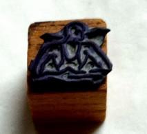 Homme Qui Se Baigne, Ancien Tampon Scolaire à Imprimer,  Cube Bois - French Antique Rubber Stamp, Baigneur - Scrapbooking