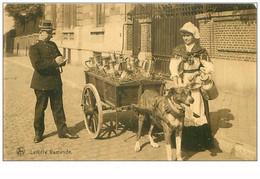 CHIENS.n°63.LAITIERE FLAMANDE.VOITURE A CHIEN - Dogs
