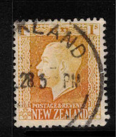 NZ 1915 1/- Orange-brown (Salmon) KGV SG 430cc U ZZ#28 - Used Stamps