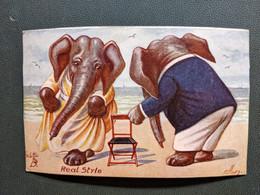 Llustration ELLEN ELEPHANT HUMANISES HABILLES OILETTE CARTE COLLEE SUR SUPPORT - Dressed Animals